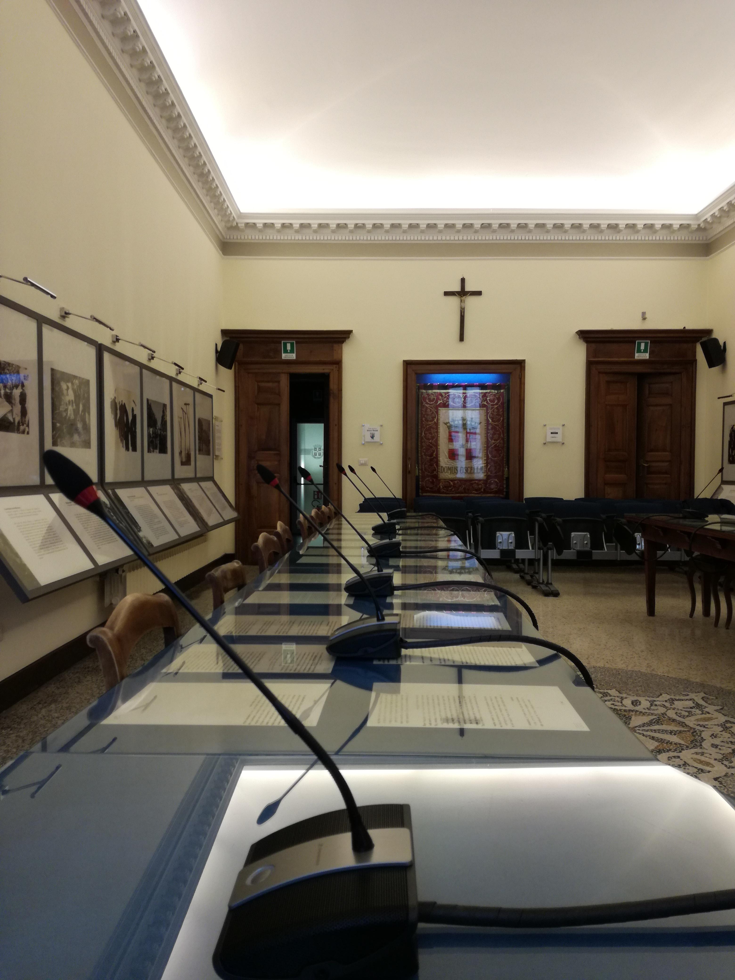 Nuovo impianto audio nella Sala Consiliare